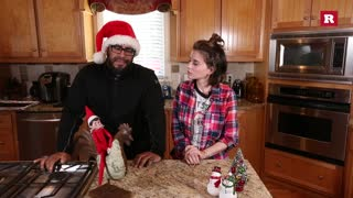 Elissa and Tyson wish you happy holidays | Elissa the Mom - Video