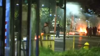 Protesters, police clash in Pinochet anniversary in Chile - Video