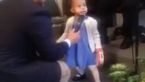 Singing is without a doubt in this little girl's genes