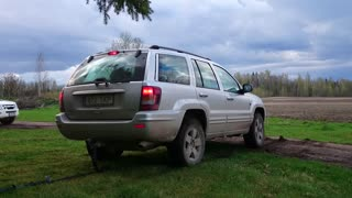 Jeep Grand Cherokee 2.7 120kW - Pulling/Testing 4WD  - Video