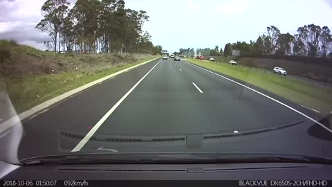 Reckless Driver Cuts off Cars and Causes Accident
