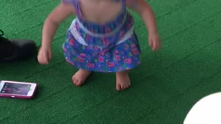 Baby dance party ** - Video