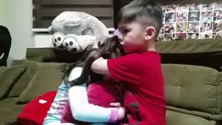 Gavin Loves so much her sister - Video