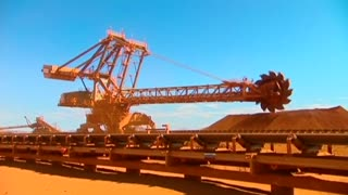 Australian economy slows to 2-year low - Video