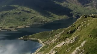 Hiking up England's tallest mountain - Video