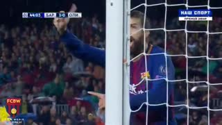 Gerard Pique red card vs Olympiacos - Video