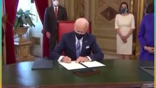 Hot mic: Biden doesn't know what he is signing