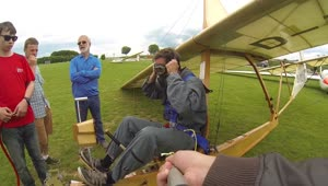 Man flies glider plane first introduced in 1938 - Video