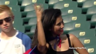 The Hottest Female Football Fans - Video