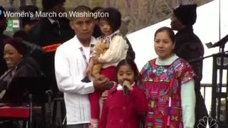 Women's March Washington: Little Girl 'Sophie Cruz' tells children not to be afraid - Video