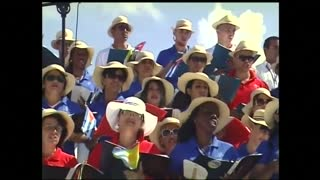 Pope begins Mass in Holguin