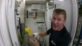 Astronaut explains how to go to the toilet in space