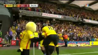 United, Watford defeated by the Behrami (Video)