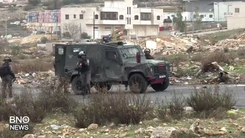 Palestinians, Israeli Security Forces Clash Near Ramallah