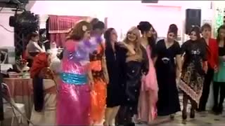 Lovely Iranian kurdish wedding ceremony - Video