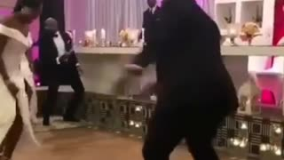 Great wedding party dance - Video