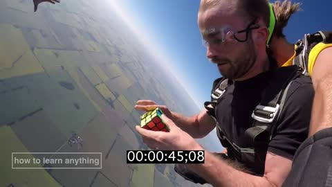 Solving A Rubik's Cube During Skydiving Free Fall!