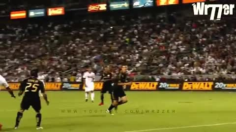Cristiano Ronaldo amazing bicycle kicks show
