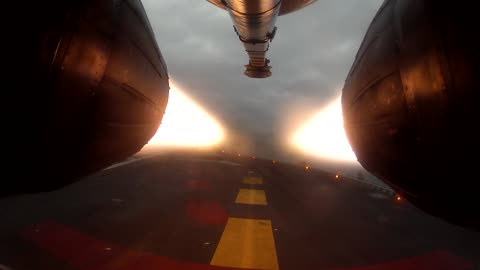 Afterburner Camera Captures Stunning Fighter Jet Takeoff