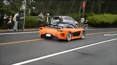 RX7 From Tokyo Drift Loses Control and Hits People
