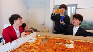 THE WORLD'S LARGEST PIZZA 2021
