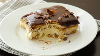 Boston cream icebox cake recipe - Video