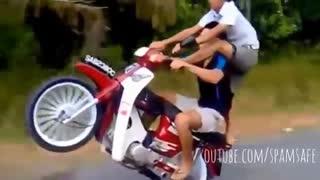 Scooter Stunts - Video