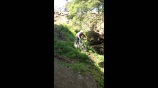 Bike riding fail - Video