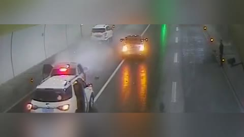 Motorist Escapes Death After Stopping In Busy Tunnel
