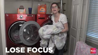 How to do laundry with Elissa the Mom | Rare Life - Video