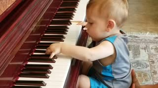 One Year Old Piano Player Shows Promising Talent
