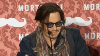 Johnny Depp spends a weekend promoting 'Mortdecai' - Video