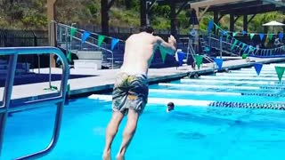 Collab copyright protection - diving fail man let out funny scream - Video