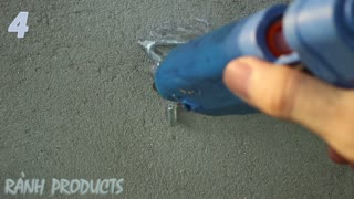 4 Amazing Life Hacks things using a Clothes Hanger - Video