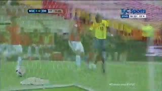 Antonio Valencia scores cracker for Ecuador - Video