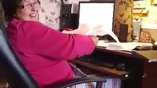 Printer Hitting Mum In The Face - Video