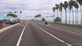 Road Rage Fight Pulls Gun! - BMW vs. Motorcycle - Video