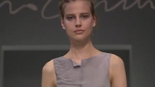 Armani picks beach colours for his new collection - Video