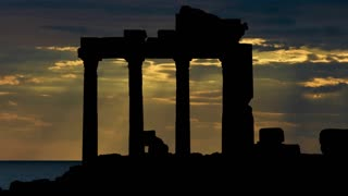 90 Seconds in: Athens - Video