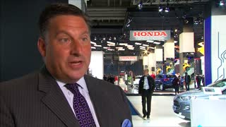 Electric buzz at auto show - Video