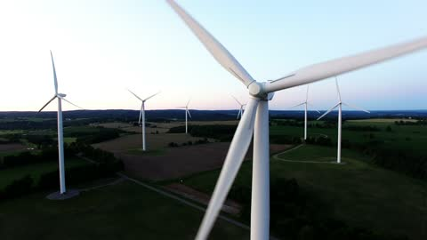 Drone provides unique and stunning look at giant wind turbines