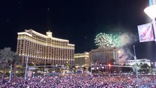 New Year 2021: Experience Stunning Fireworks Show In Las Vegas!