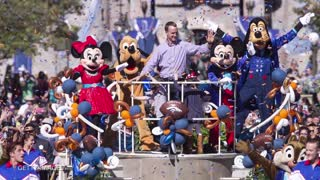 Peyton Manning Celebrates Super Bowl Victory at Disneyland, Headlines Parade - Video