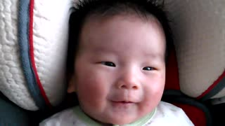 Cute infant baby loves to listen to Jesus in the Bible - Video