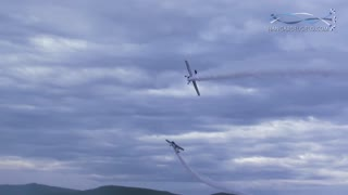 Pilots perform insanely close flyby - Video