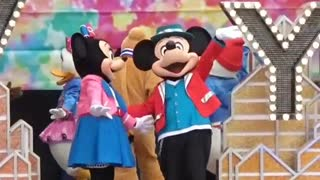 Big Show For Actors Minnie and Micky Mouse On Stage For Kids Show on Christmas