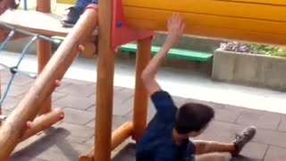 Playground tunnel falling off - Video