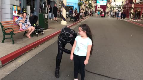 Catwoman makes Little Girl Laugh