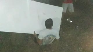 White shirt runs into white table and it doesn't break - Video
