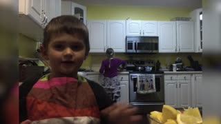 Hilarious Kitchen Fail - Video